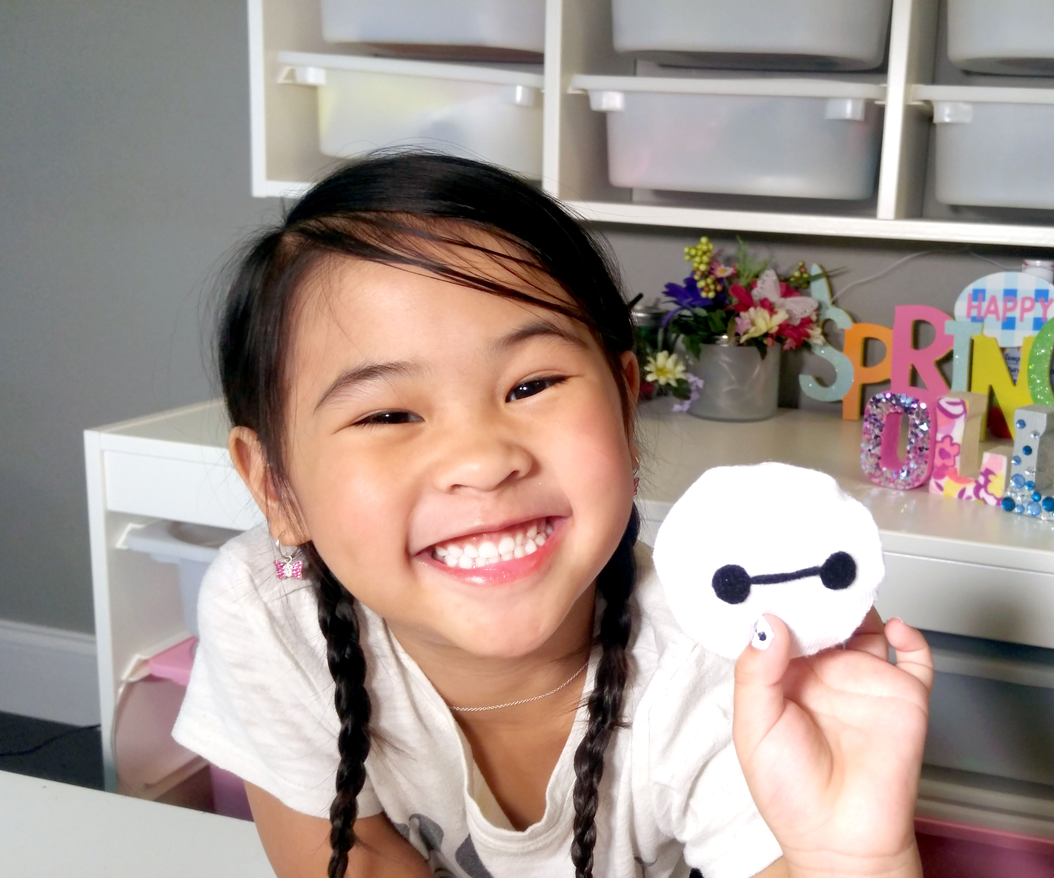 DIY Homemade No-Sew Cat Toy | Baymax Cat Toy With Catnip