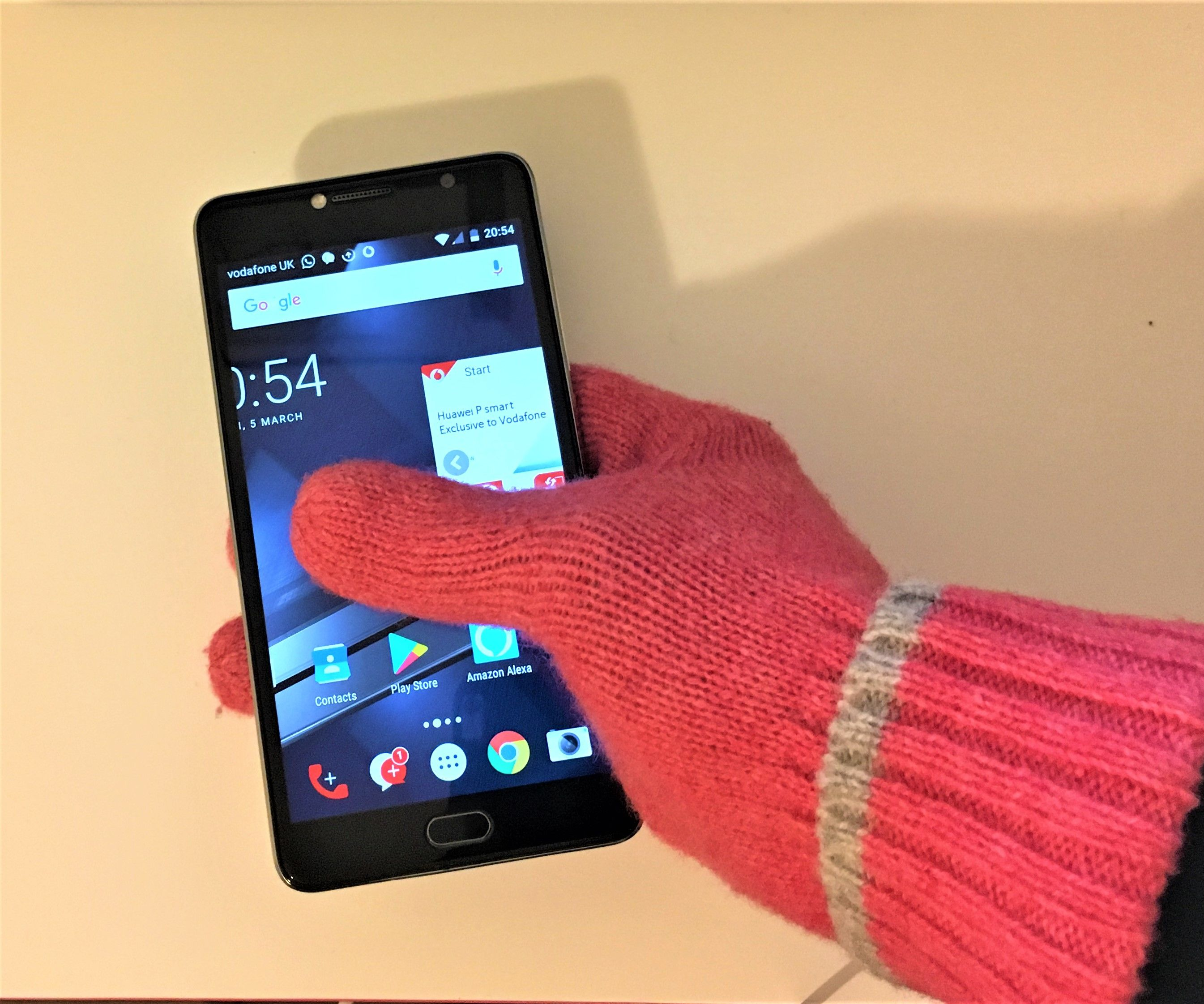Make Your Own Smartphone Gloves