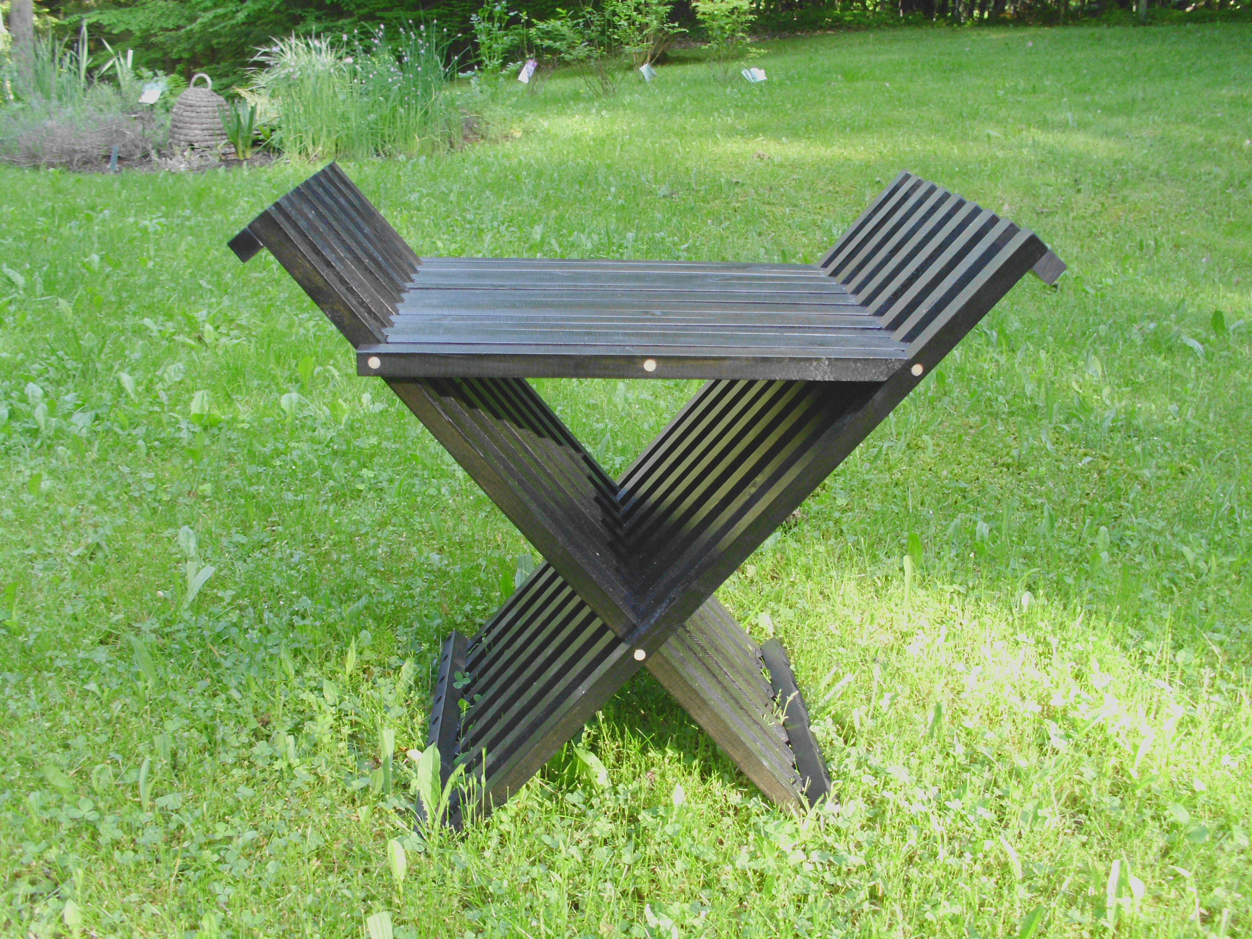 A Very Unique Folding Chair 7 Steps With Pictures Instructables