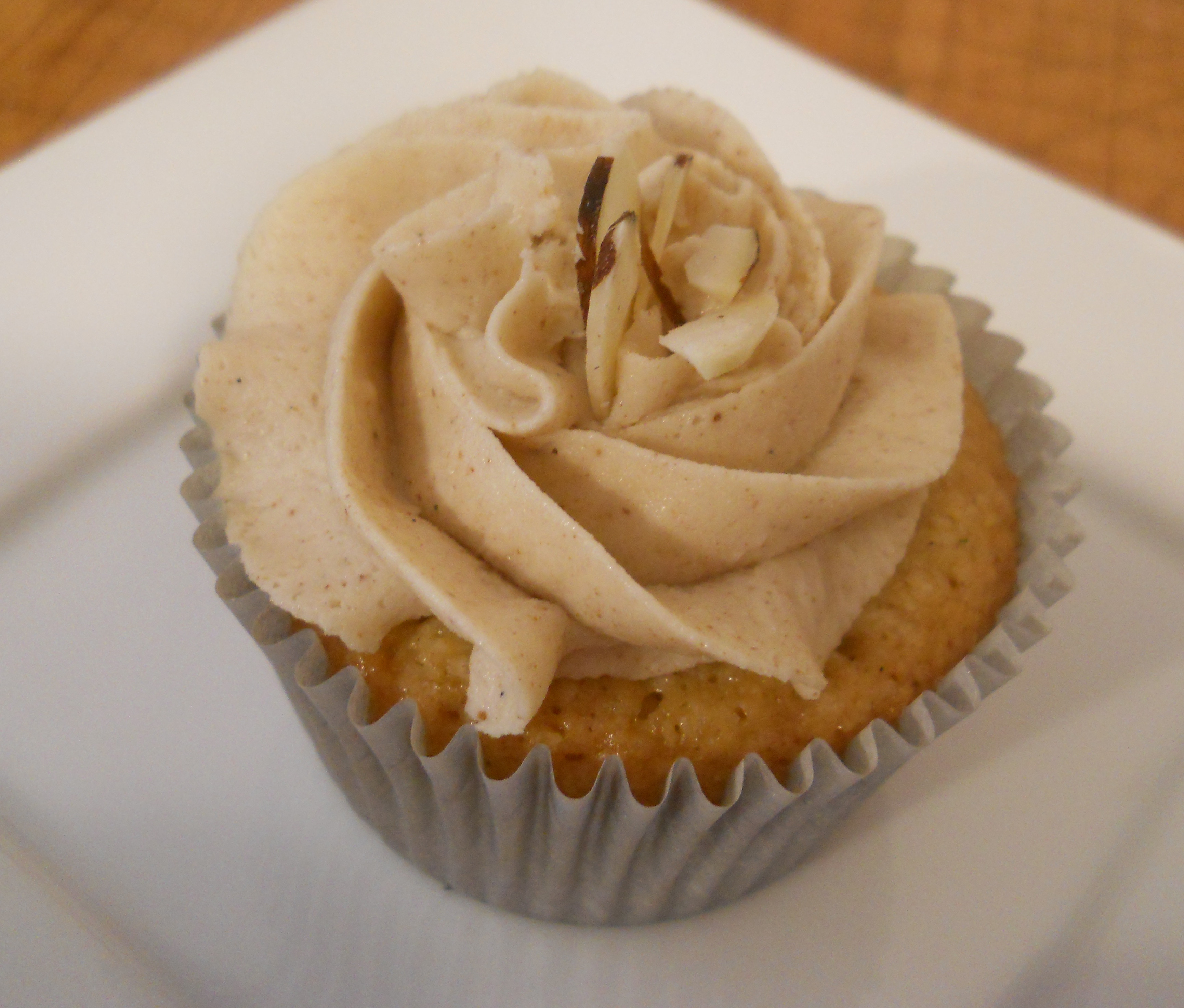 Almond and Brown Butter Cupcakes