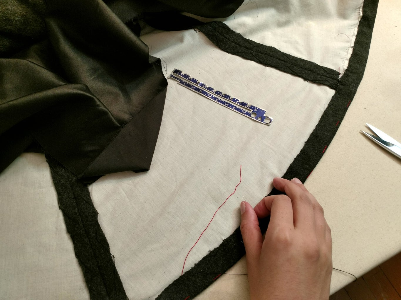 Assemble the Lining and Finishing