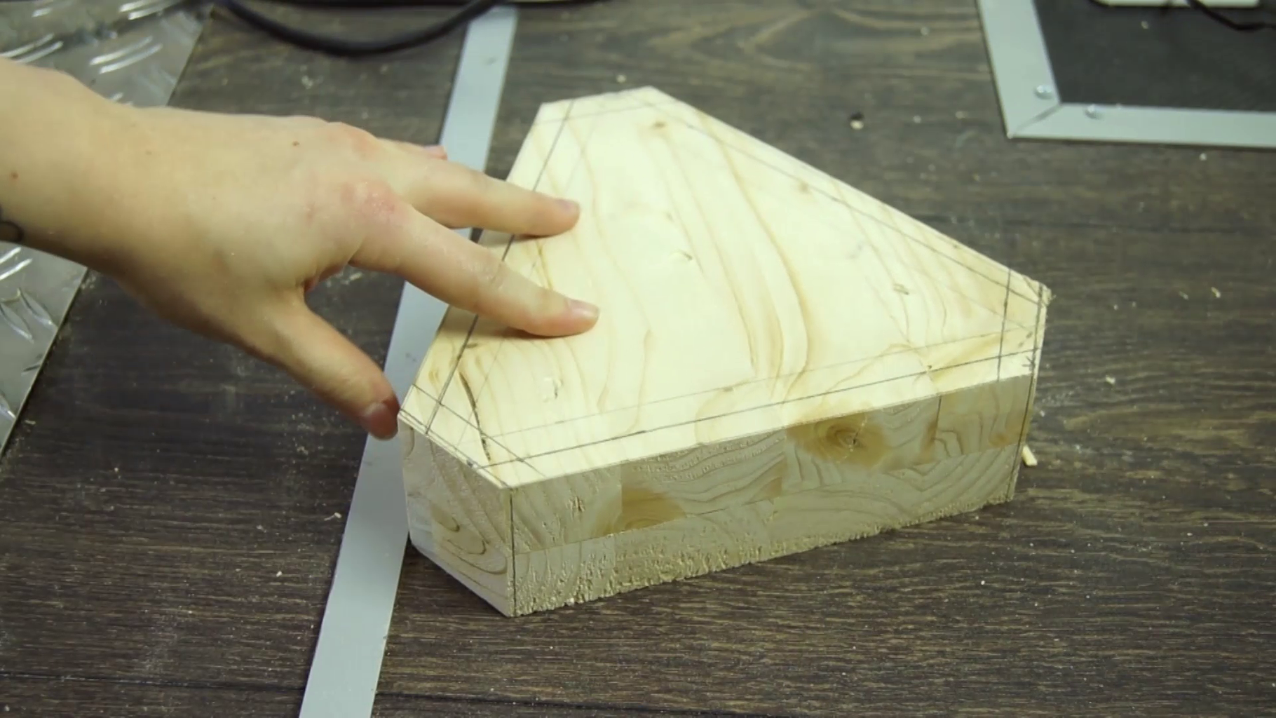 Rough Shaping of the Wood