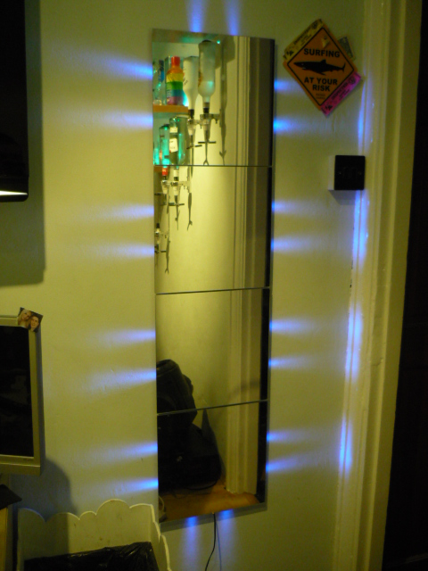 How to create an auto dimming side Illuminated Mirror