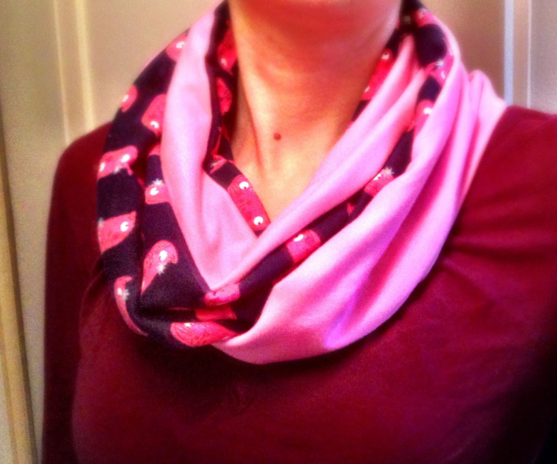 Quick & Cute Infinity Scarf with Cats