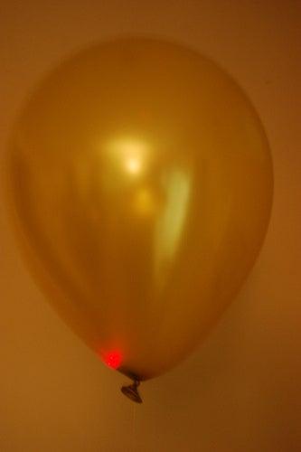 Flyies, a Flying LED Throwie Mod