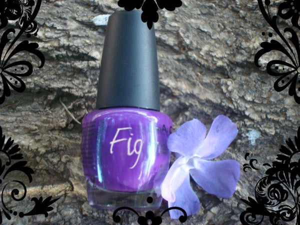 How to Make Scented Nail Polish
