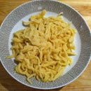 How to make Spaetzle - a traditional Swabian/Southern German kind of noodle