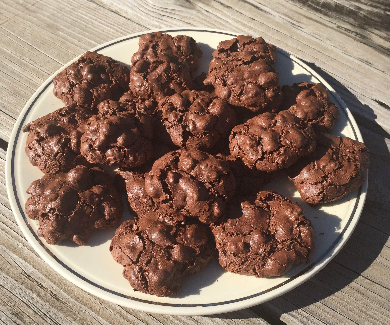 Gluten Free Chocolate Pecan Meringues