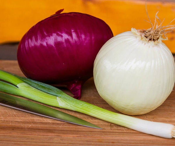 How to Cut an Onion (efficiently & Safely)