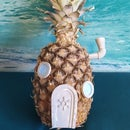 Who Lives in a Pineapple Under the Sea? - Miniature
