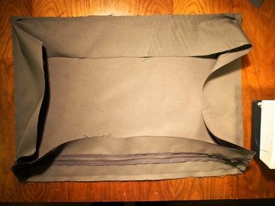 Small Cushion: Sew the Bottom