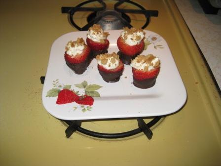 Chocolate Dipped Cheesecake Strawberries