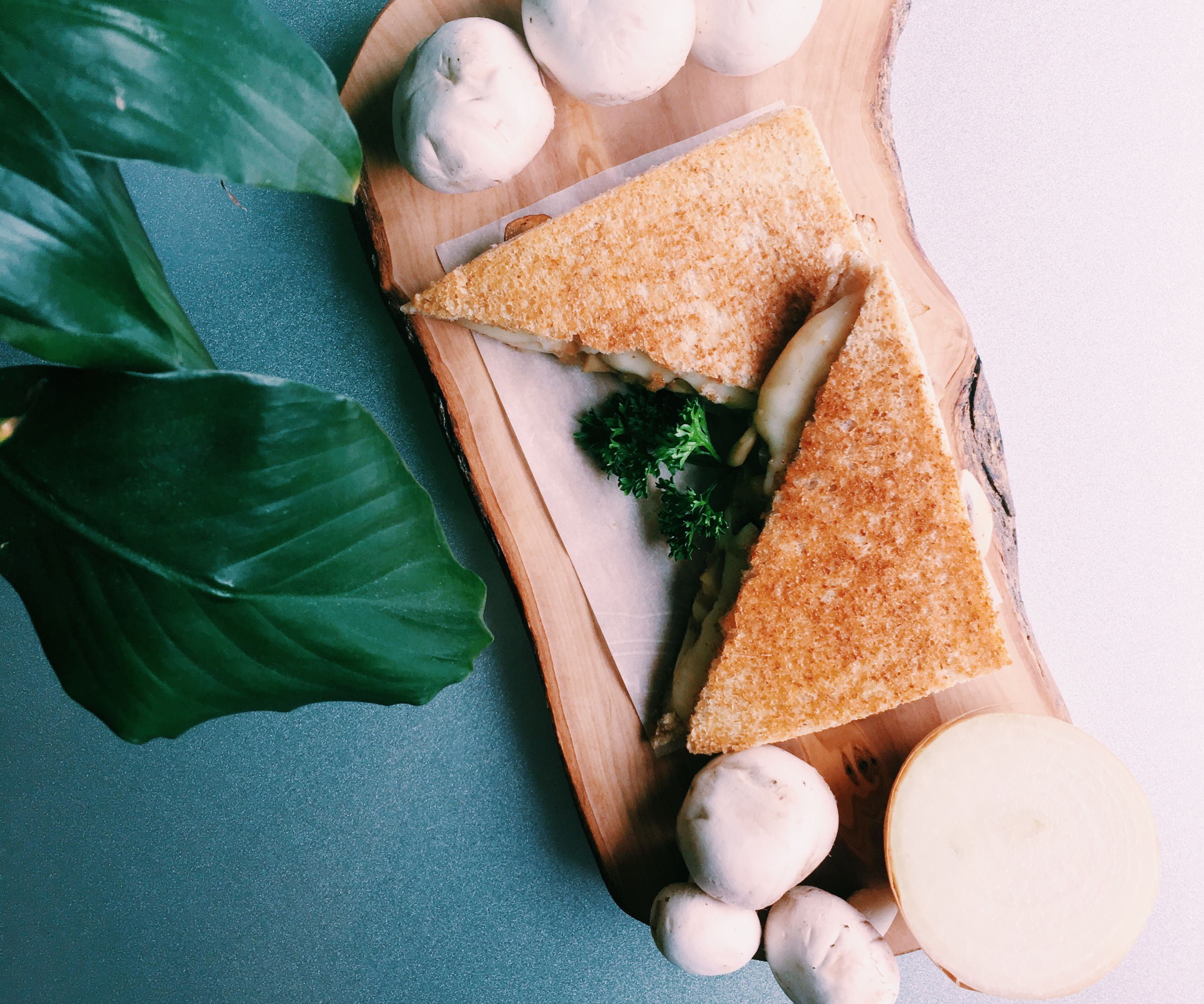 RECIPE | GRILLED MUSHROOM CHEESE SANDWICH