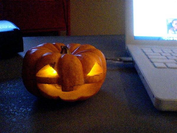 Super Easy USB Powered Halloween Jack O' Lantern