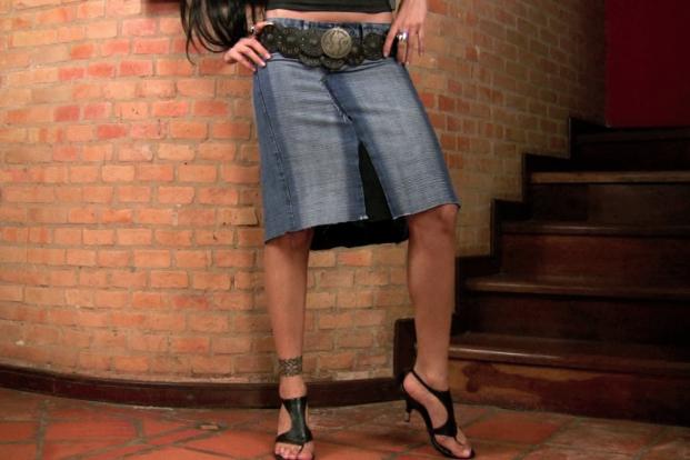 Jeans To Knee Length Denim Skirt