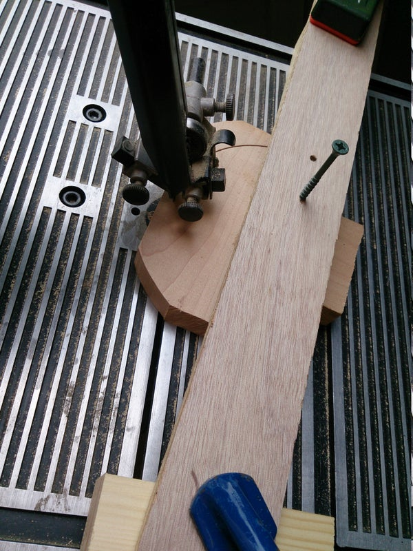 Super Simple Bandsaw Circle Jig