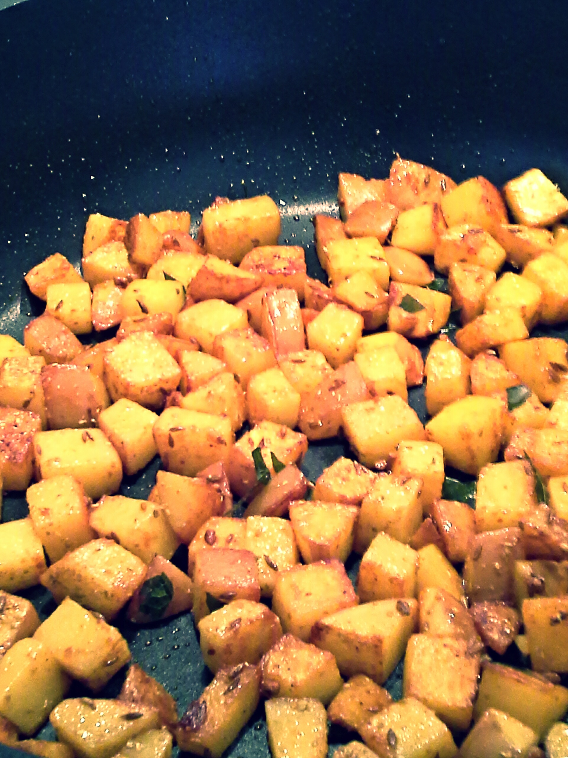 indian dry potato curry