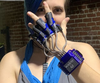 Somatic - Data Glove for the Real World