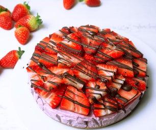 Healthy Raw Strawberry Cheesecake