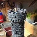 DIY Dice Tower Out of a Pringle Chip Can