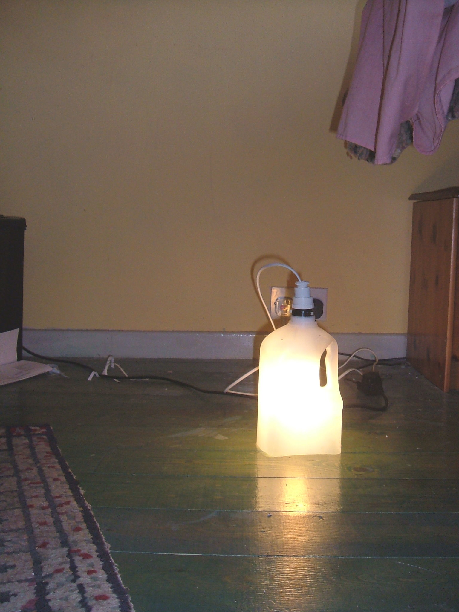 Quick and simple companion lamp