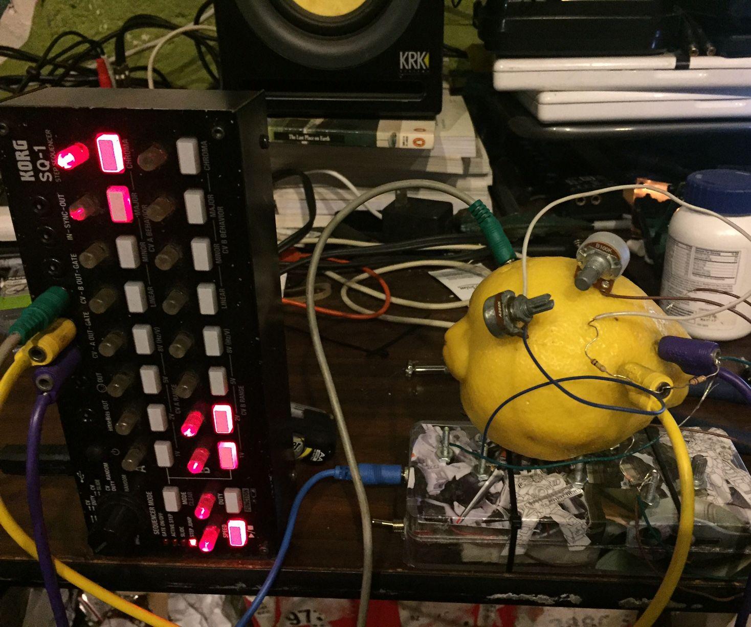 Lemon Synthesizer