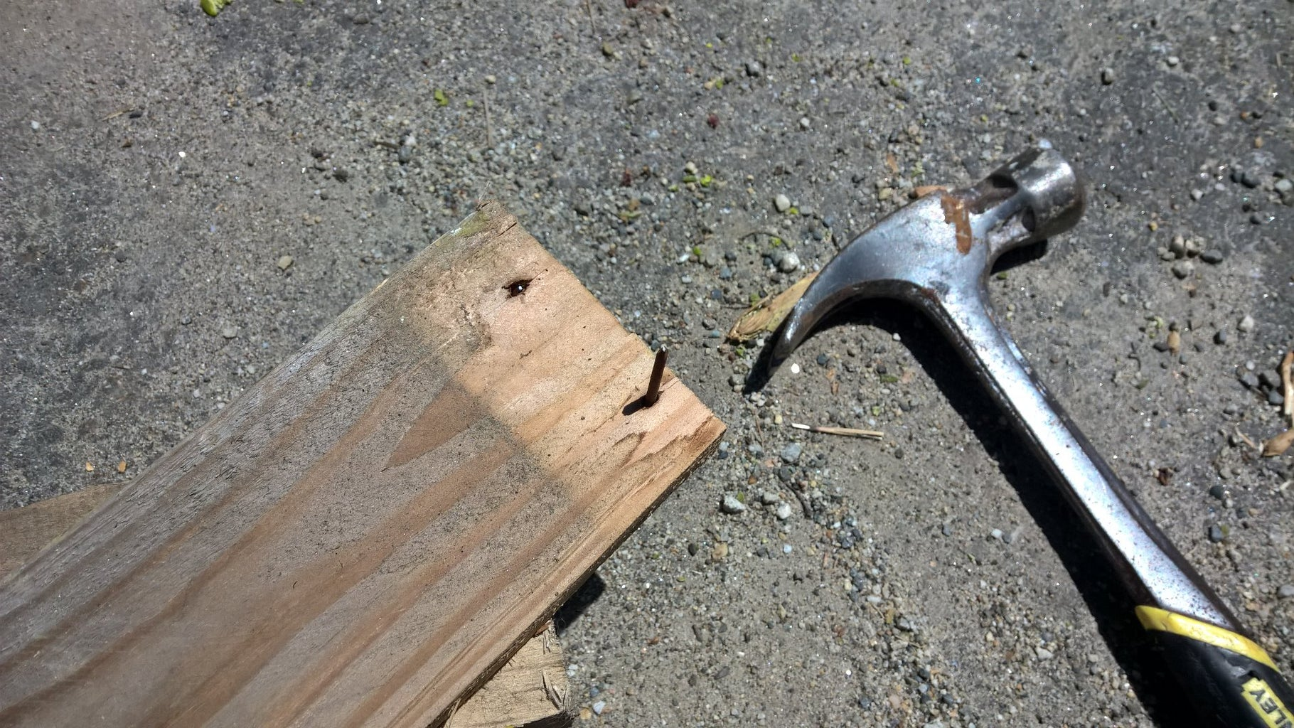 Deconstruct Your Pallets