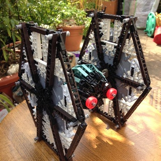 K'NEX Star Wars TIE-Fighter