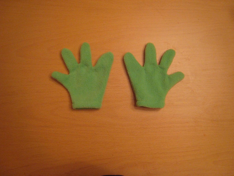 Yoshi Gloves