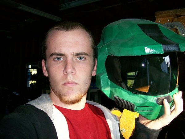 Using Paper, Resin, and Fiberglass to Be the Master Chief!