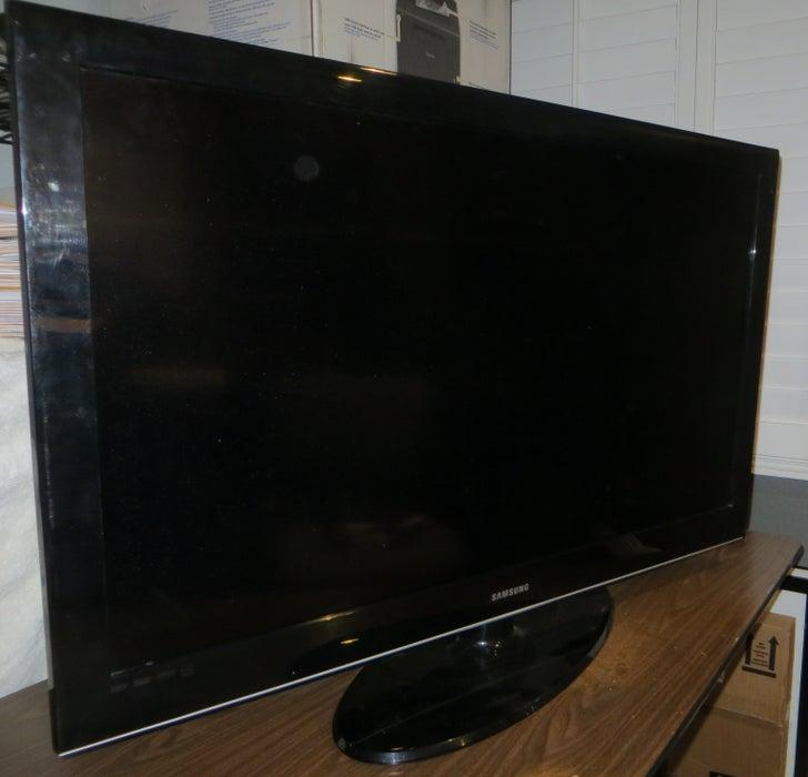 چگونه می توان تلویزیونی را روشن کرد که روشن نمی شود