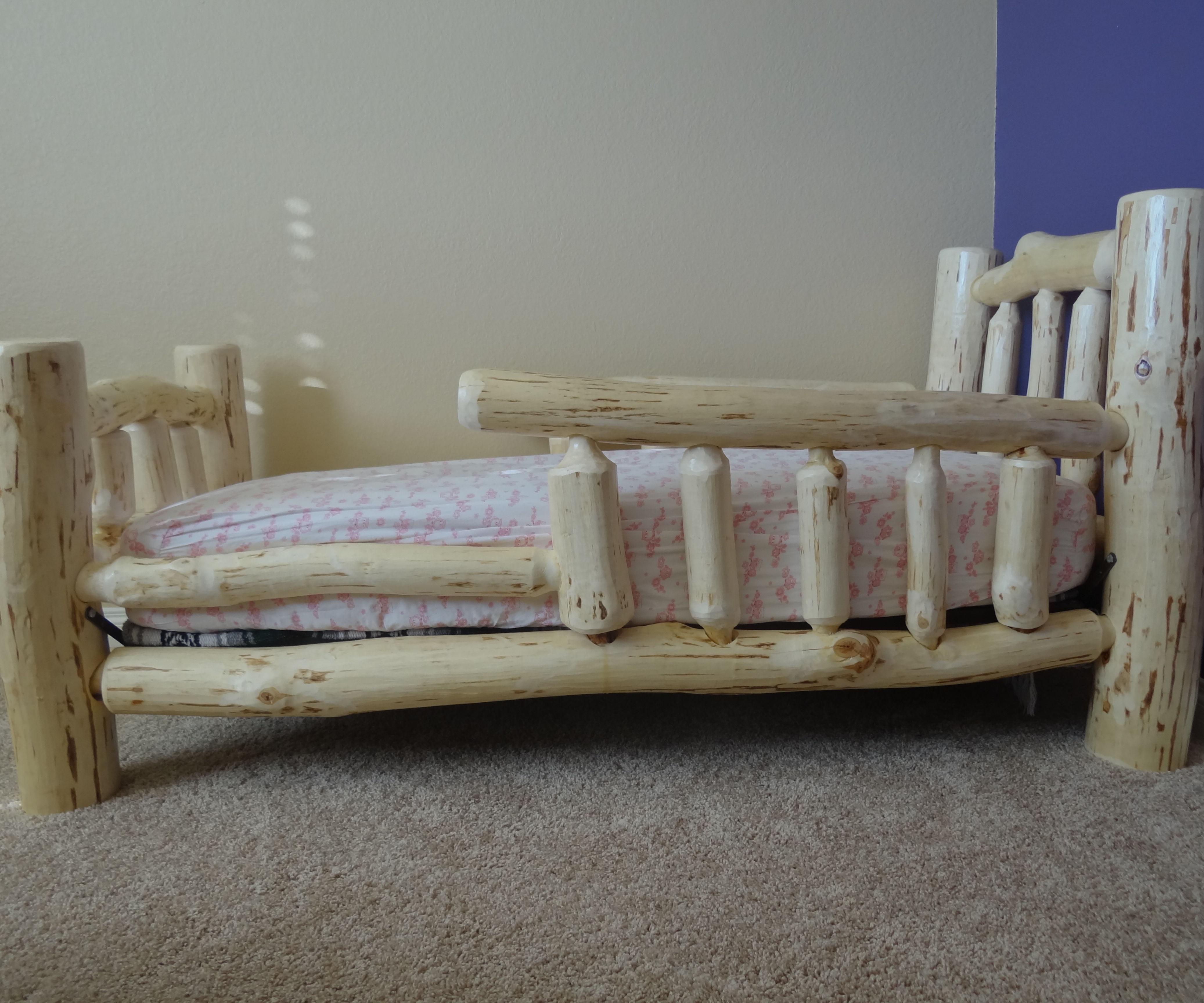 Aspen Log Toddler Bed