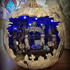 Spooky Graveyard Diorama Pumpkin