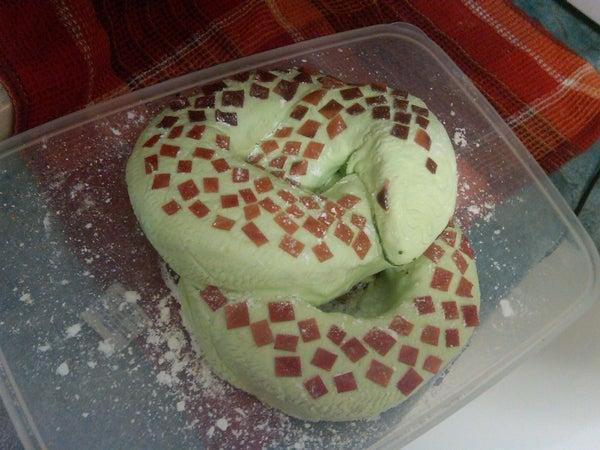 Great Figure8 Snake Cake!!