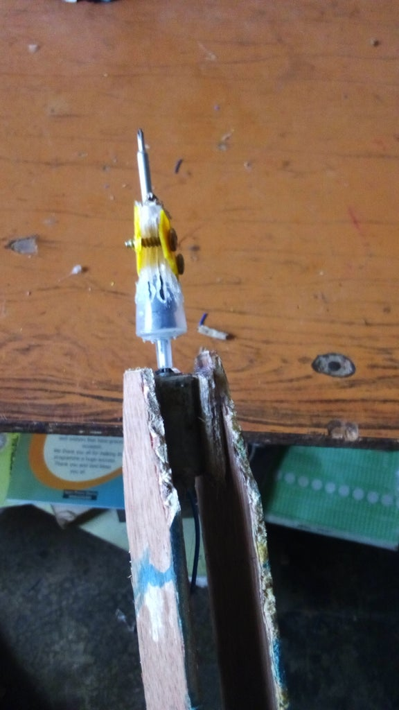 CUTTING AND ATTACHING THE SYRINGE TUBE