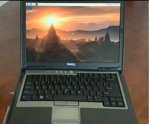 电池供电的Raspberry PI在重新灌注的笔记本电脑中