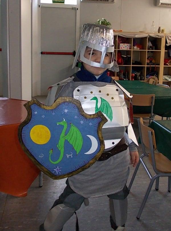 Milk Carton's Knight - Caballero Del Carton De Leche