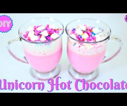UNICORN HOT CHOCOLATE!  NO FOOD DYE NEEDED!