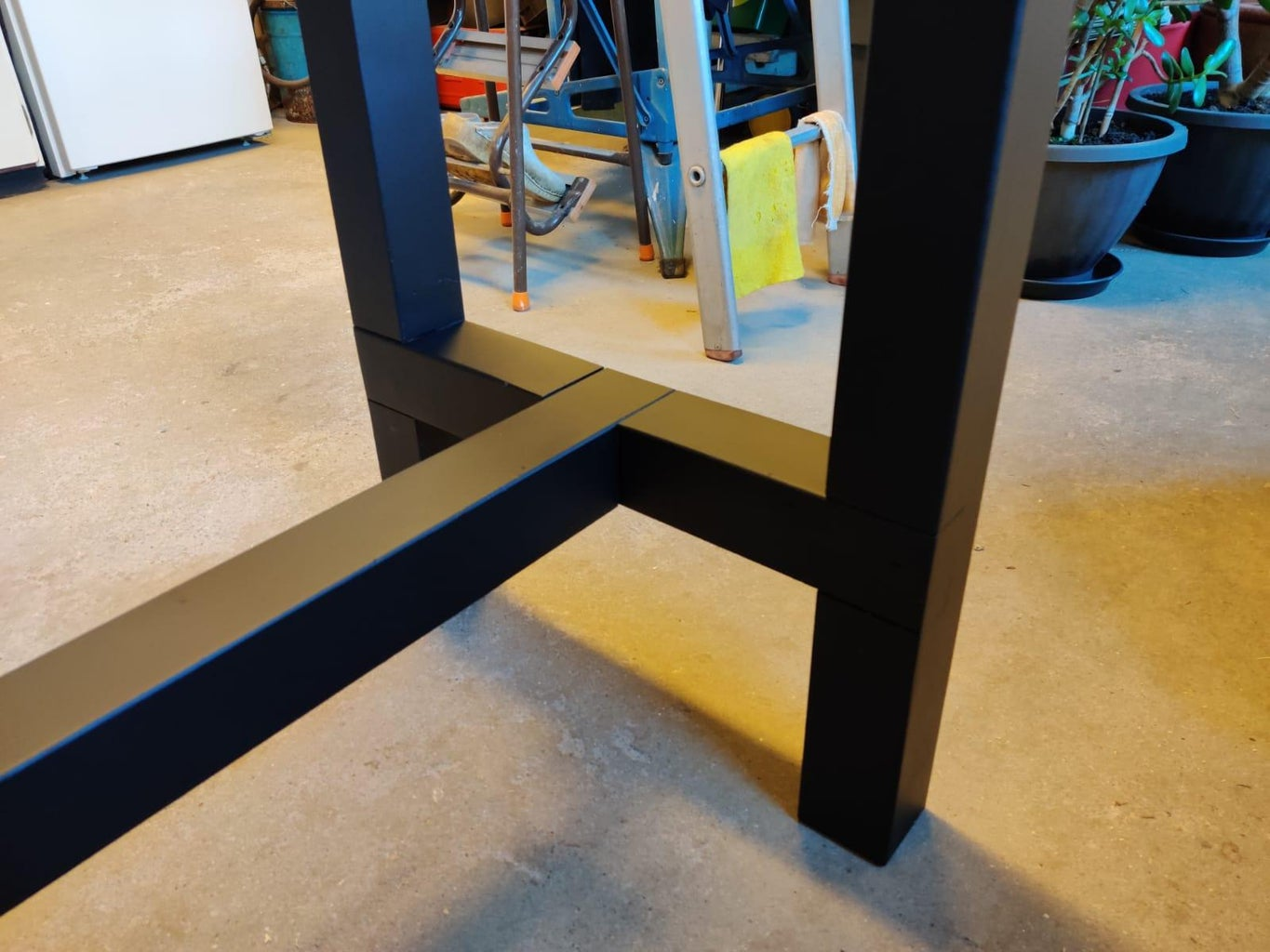 Painting the Legs and Constructing the Frame on Top