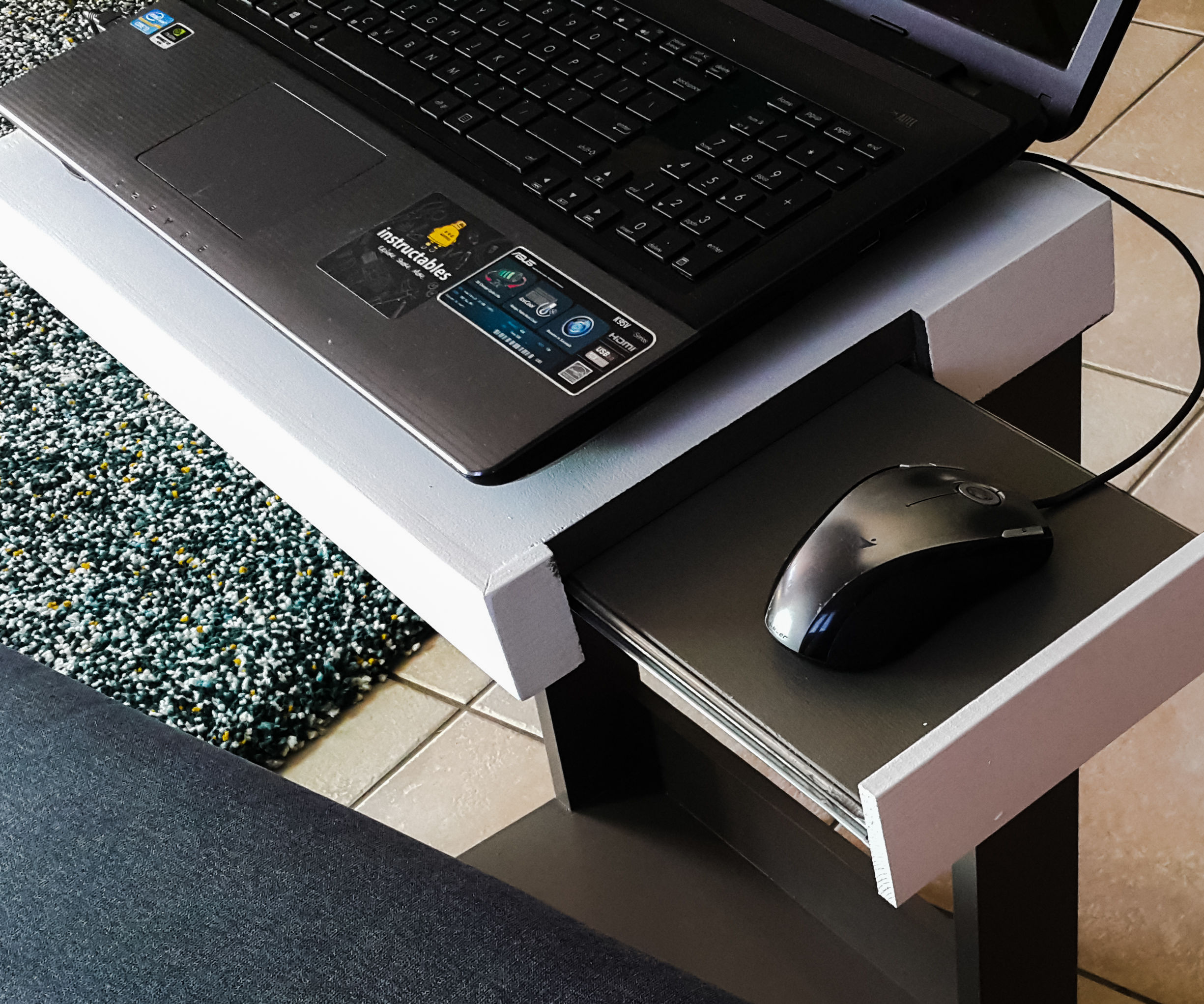 Laptop Stand From Plywood