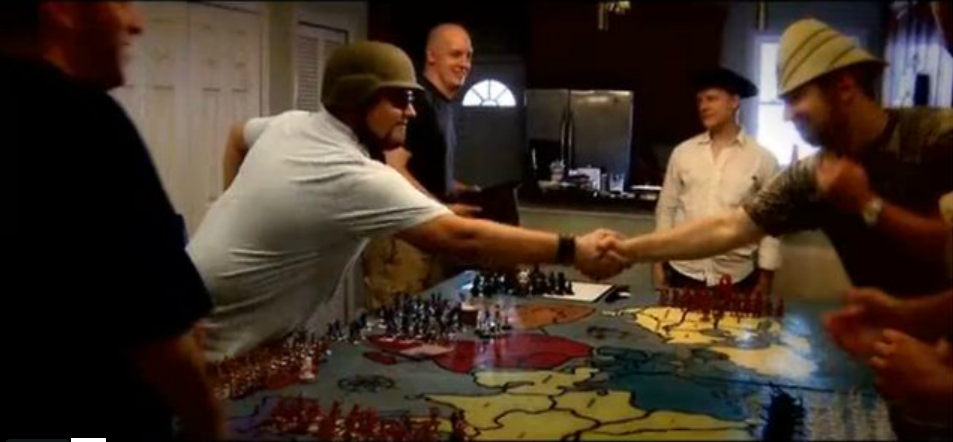 Build and Play WAR ROOM RISK