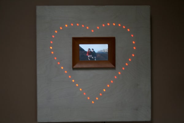 Make a Hi Tech Picture Frame for Cheap