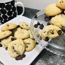 Chocolate Chip Puff Cookies