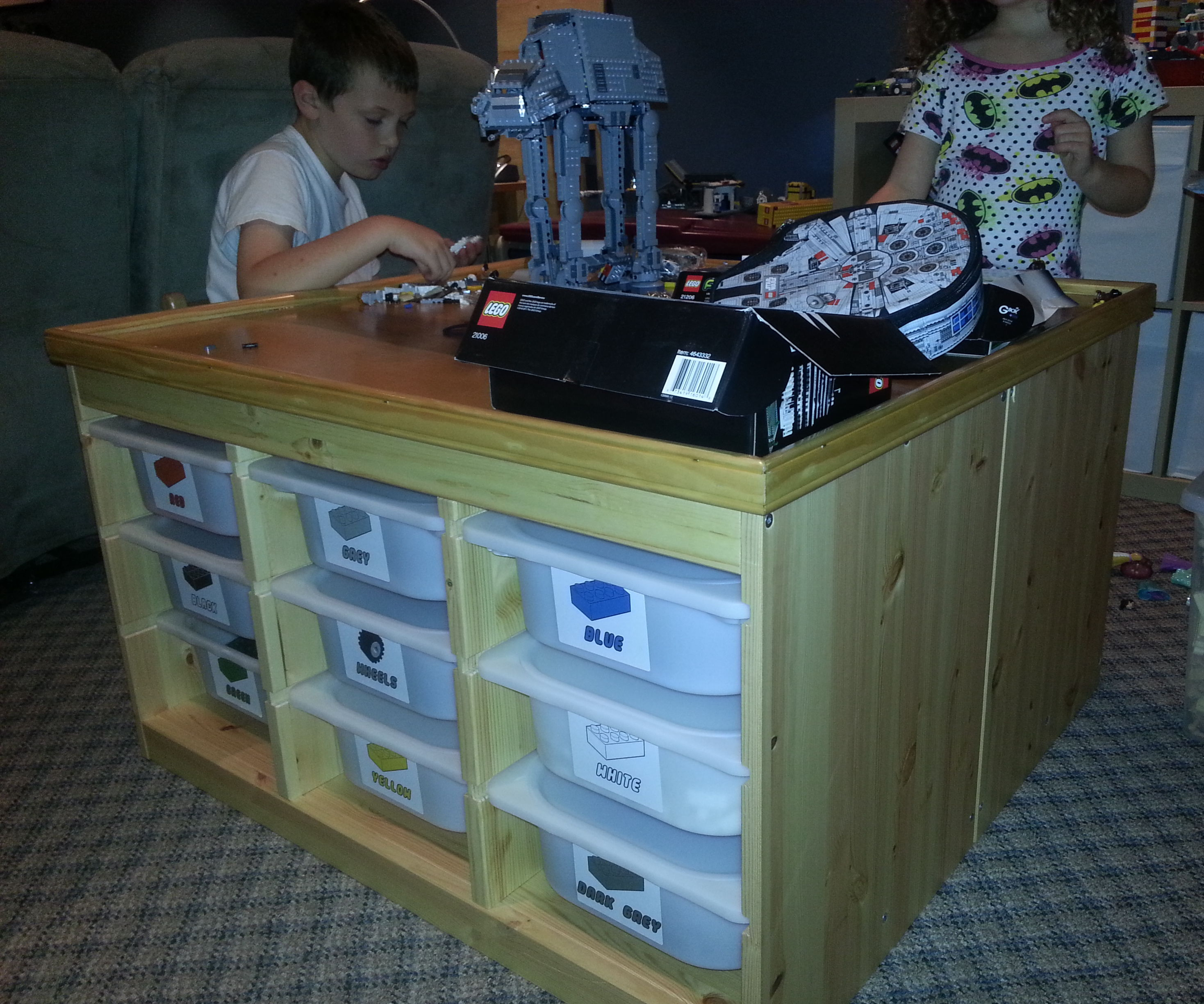 Lego Play Table made with IKEA TROFAST