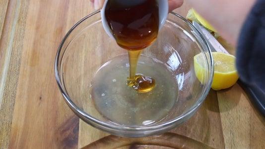 Make Honey and Lemon Sauce