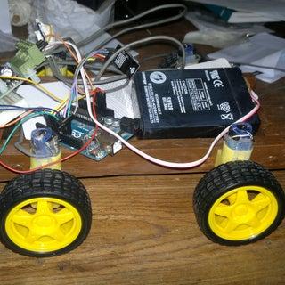 Wireless Arduino Controlled Tank (nRF24L01)