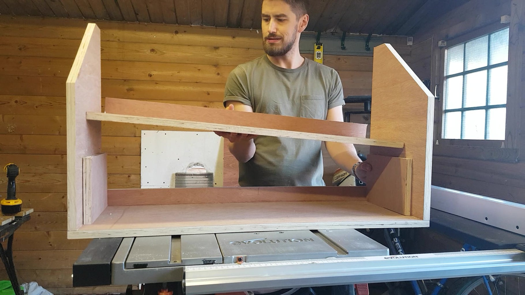 Making the Drawers: Assembling