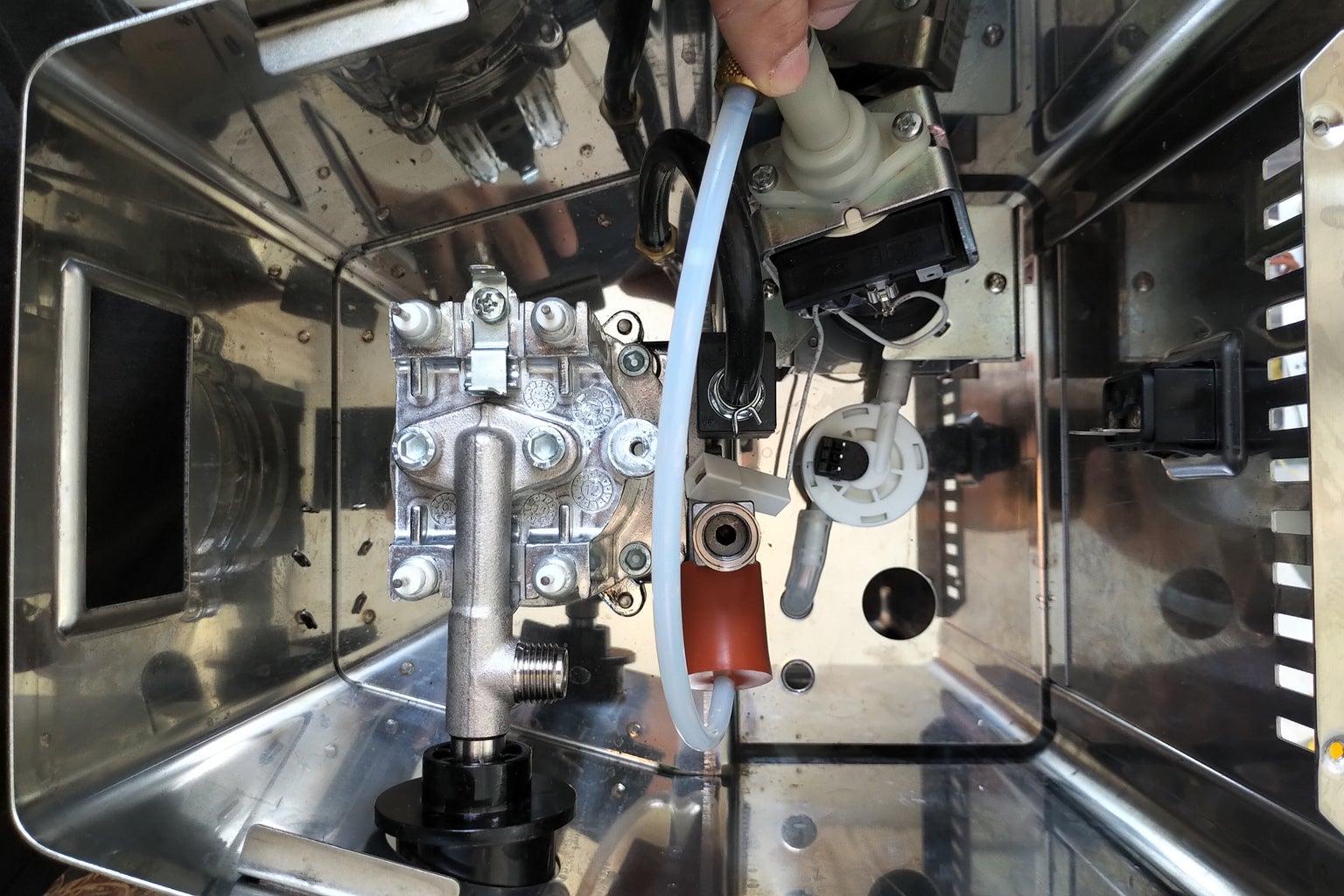 Install the Flowmeter
