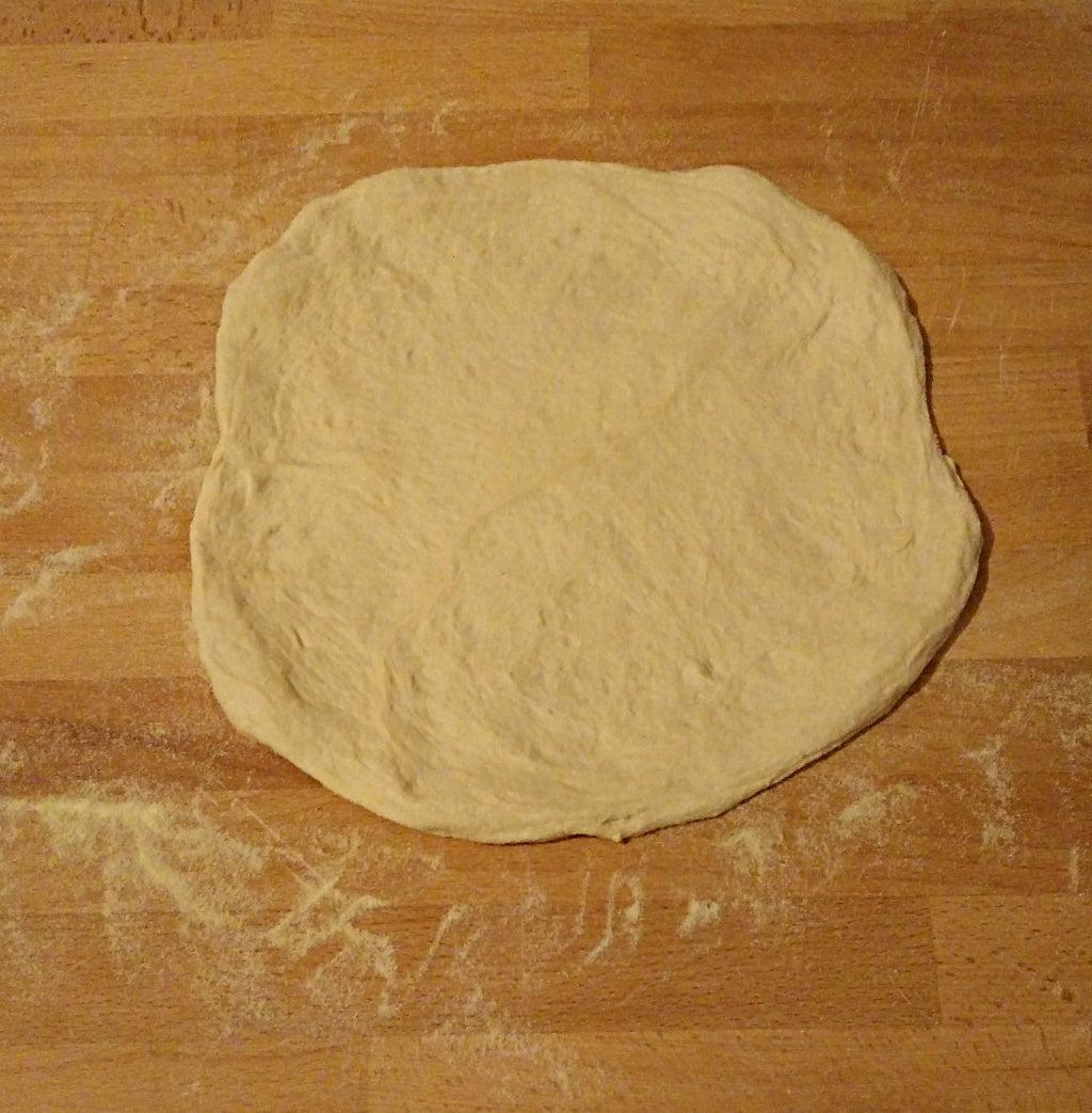 Shape Dough Into a Pizza