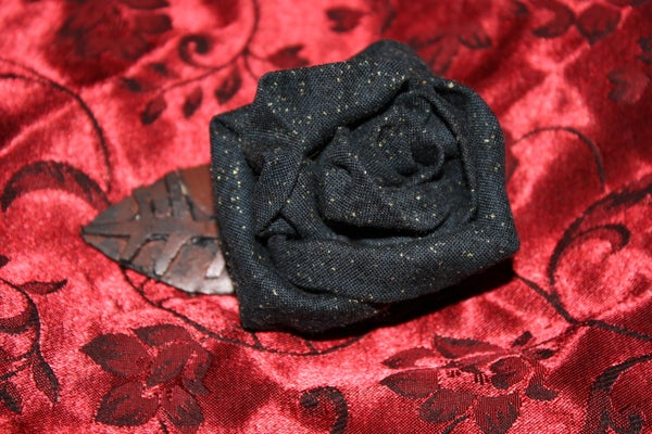Accessories for the Goth Bride